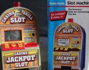 Radio Shack Slot Machine (1995) – jednoręki bandyta i skarbonka